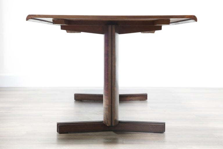 Sculptural Brazilian Rosewood Dining Table by Novo Rumo, Brazil, 1960s  For Sale 2