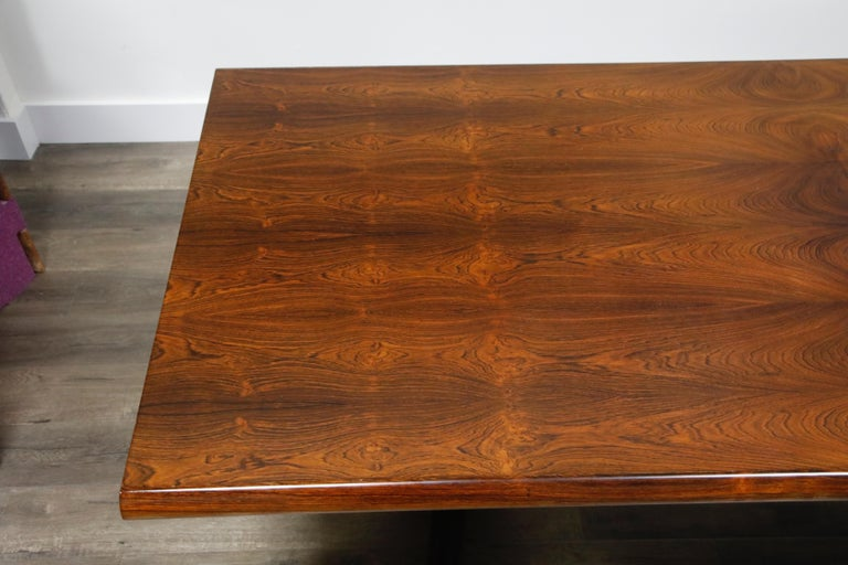 Sculptural Brazilian Rosewood Dining Table by Novo Rumo, Brazil, 1960s  For Sale 4