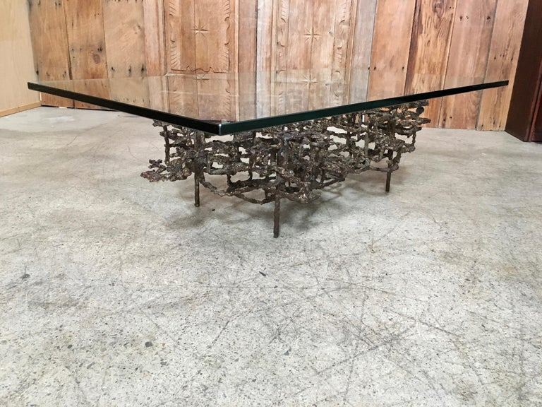 American  Sculptural Coffee Table in the Style of Daniel Gluck For Sale