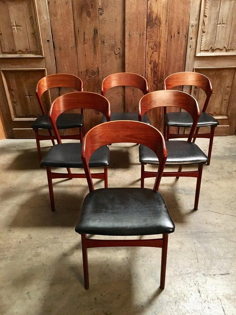 Scandinavian Modern  Sculptural Danish Modern Dining Chairs For Sale