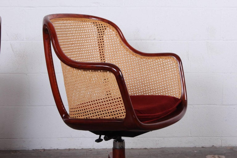 Sculptural Desk Chair by Ward Bennett In Good Condition For Sale In Dallas, TX