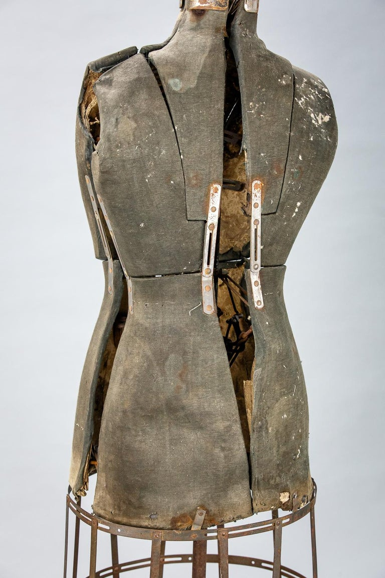 Sculptural Early 20th Century Dressmakers Mannequin In Distressed Condition For Sale In Pease pottage, West Sussex