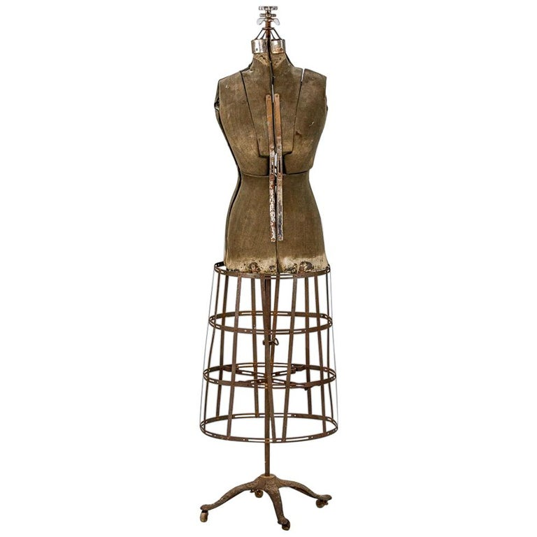 Sculptural Early 20th Century Dressmakers Mannequin For Sale