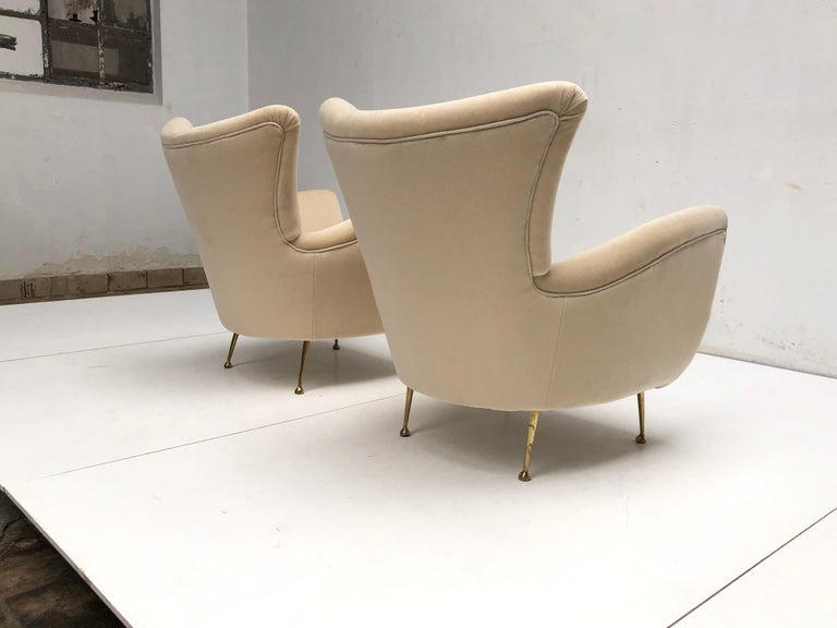 Sculptural Form Lounge Chairs, Mohair Fabric with Brass Legs, ISA, Italy, 1950 For Sale 3