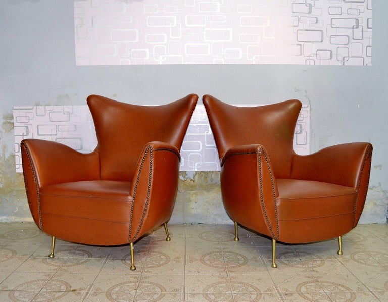 Sculptural Form Lounge Chairs, Mohair Fabric with Brass Legs, ISA, Italy, 1950 For Sale 5