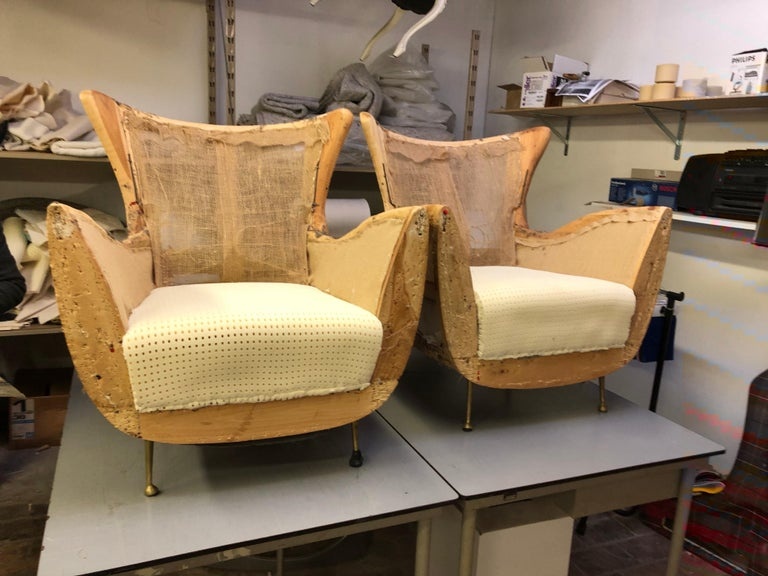 Sculptural Form Lounge Chairs, Mohair Fabric with Brass Legs, ISA, Italy, 1950 For Sale 9