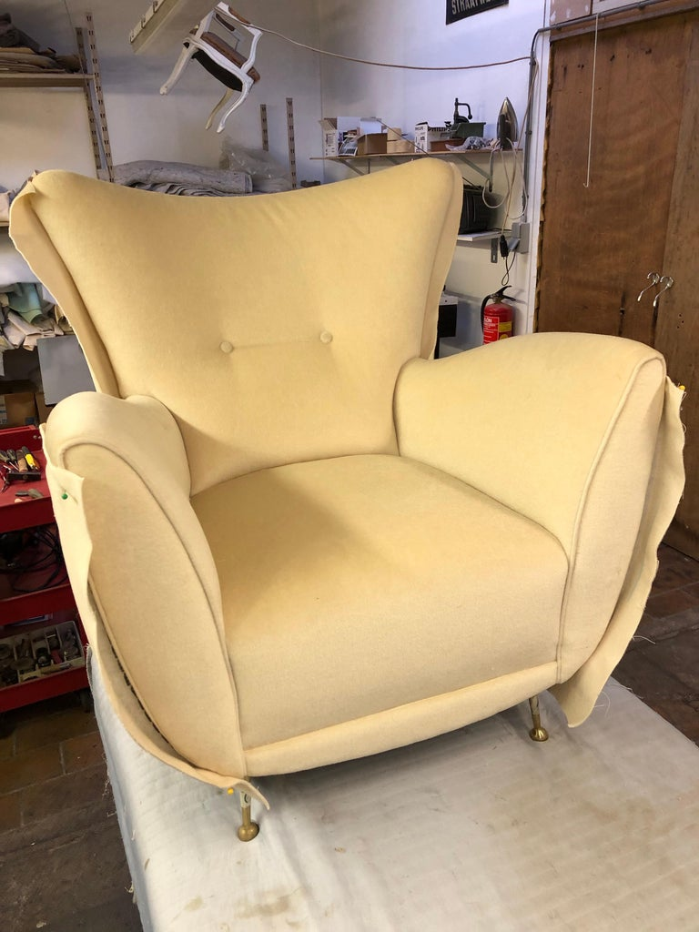 Sculptural Form Lounge Chairs, Mohair Fabric with Brass Legs, ISA, Italy, 1950 For Sale 12