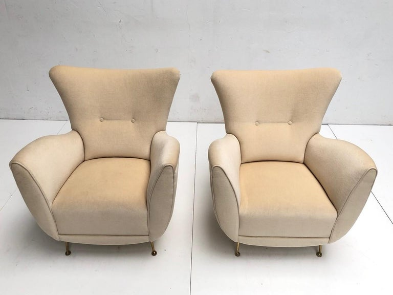 Mid-20th Century Sculptural Form Lounge Chairs, Mohair Fabric with Brass Legs, ISA, Italy, 1950 For Sale
