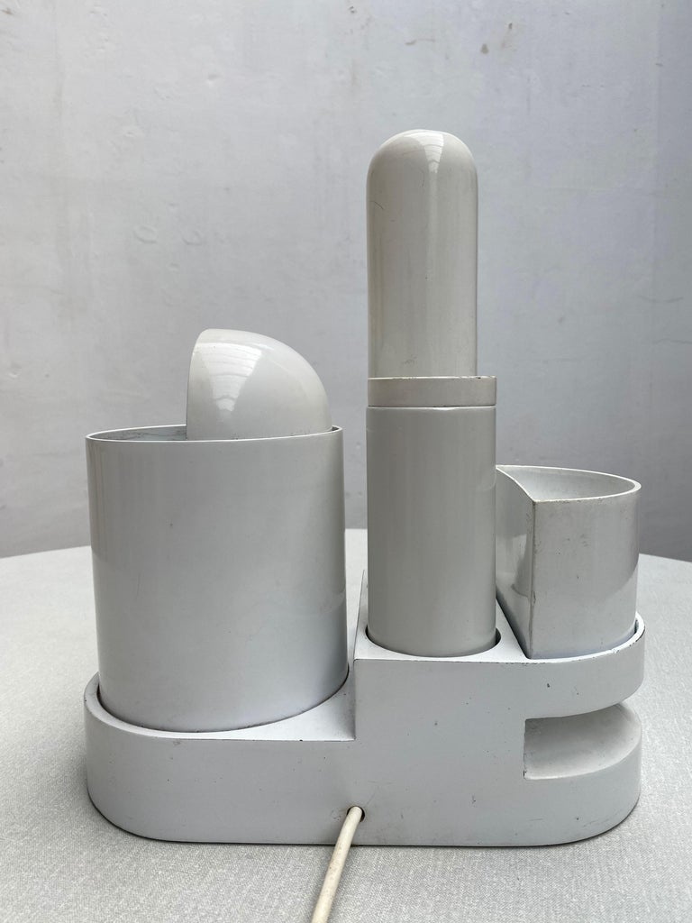 Sculptural form 'Rimorchiatore' Table Lamp by Gae Aulenti for Candle,Italy, 1967 For Sale 2