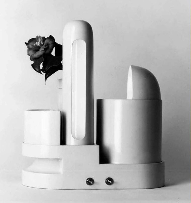 Sculptural form 'Rimorchiatore' Table Lamp by Gae Aulenti for Candle,Italy, 1967 For Sale 3