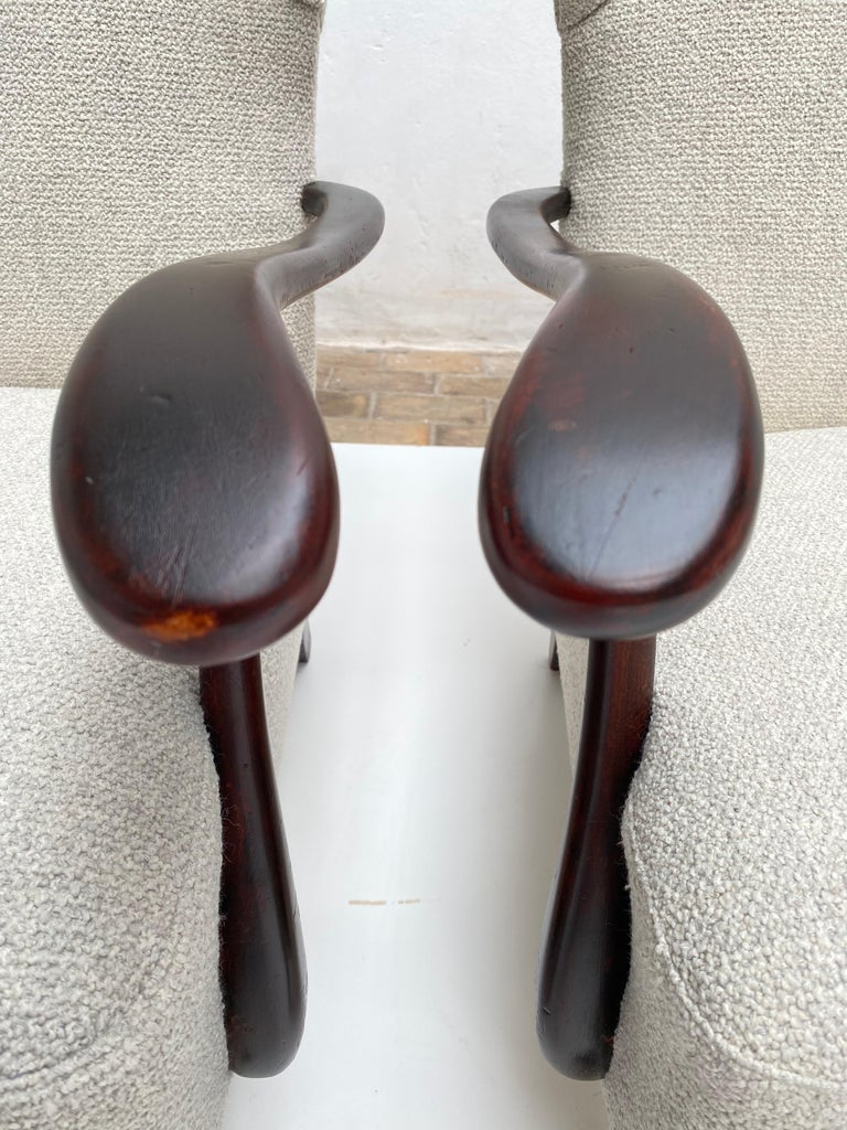 Sculptural Form Wing Back Lounge Chairs Attributed to Paolo Buffa, 1940s, Italy For Sale 1
