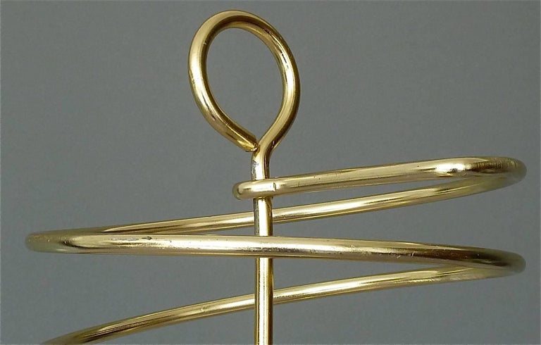 Sculptural Italian Umbrella Stand Golden Anodized Aluminum Spiral Iron, 1950s In Good Condition For Sale In Nierstein am Rhein, DE