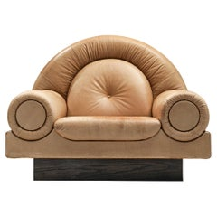Sculptural Lounge Chair in Brown Leather