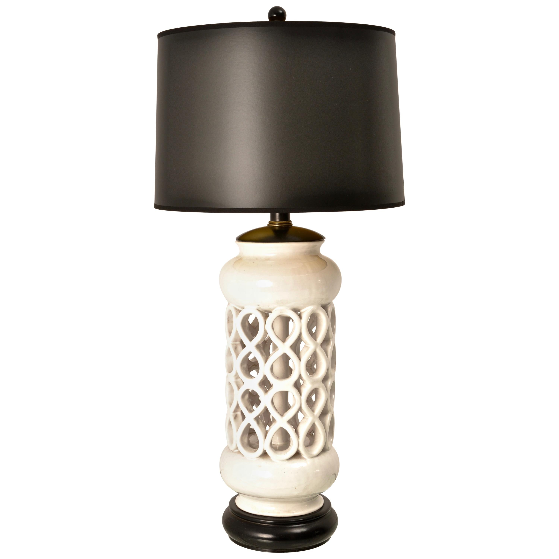 Sculptural Mid-Century Modern Ceramic Lamp