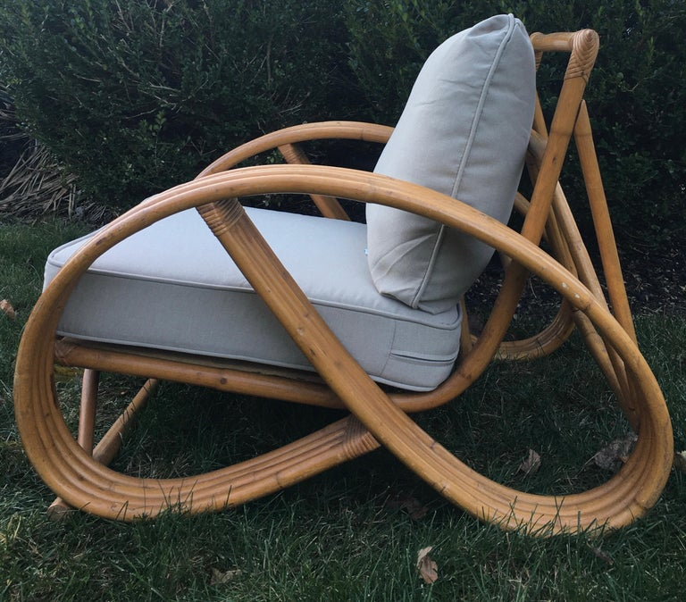 Sculptural Mid-Century Modern Rattan Pretzel Club Lounge Chair Paul Frankl Style In Good Condition For Sale In Lambertville, NJ