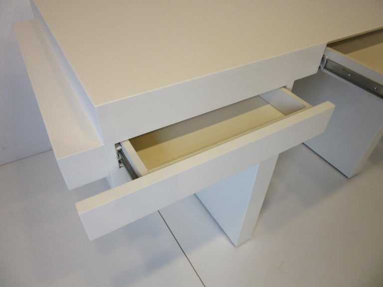Sculptural Modern Pedestal Desk in the Style of Steve Chase For Sale 2