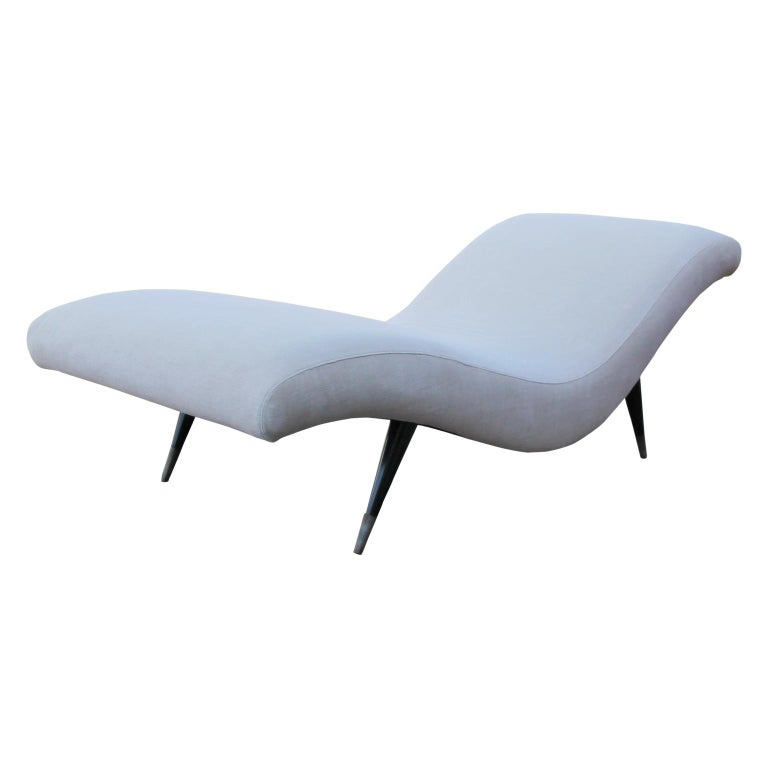 American Sculptural Modern Chaise Lounge For Sale
