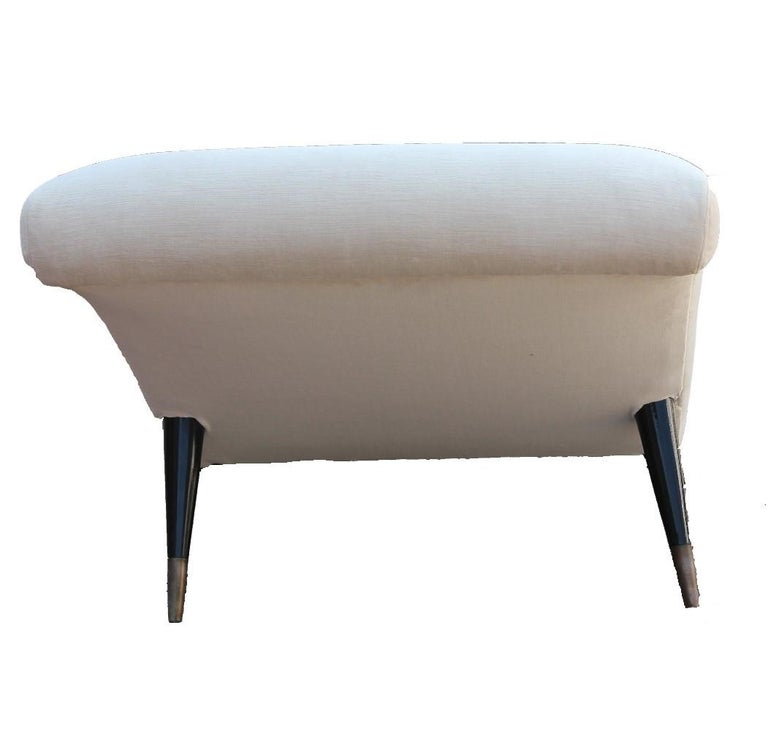 Sculptural Modern Chaise Lounge In Excellent Condition For Sale In Houston, TX