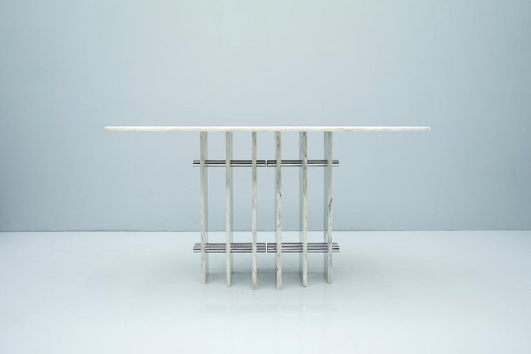 Mid-Century Modern Sculptural Oval Dining Table in Carrara Marble and Chrome, Italy, 1970s For Sale
