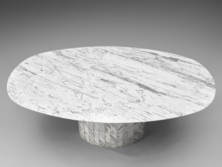 Sculptural Pedestal Table in Marble For Sale 2