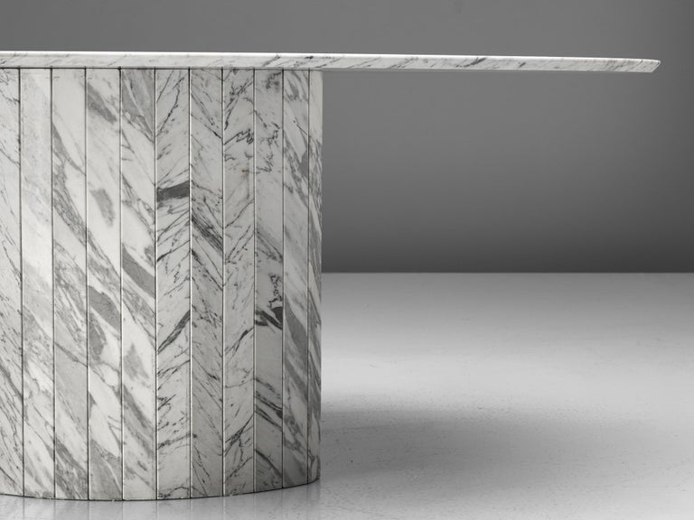 Sculptural Pedestal Table with Oval Top in Marble For Sale 2