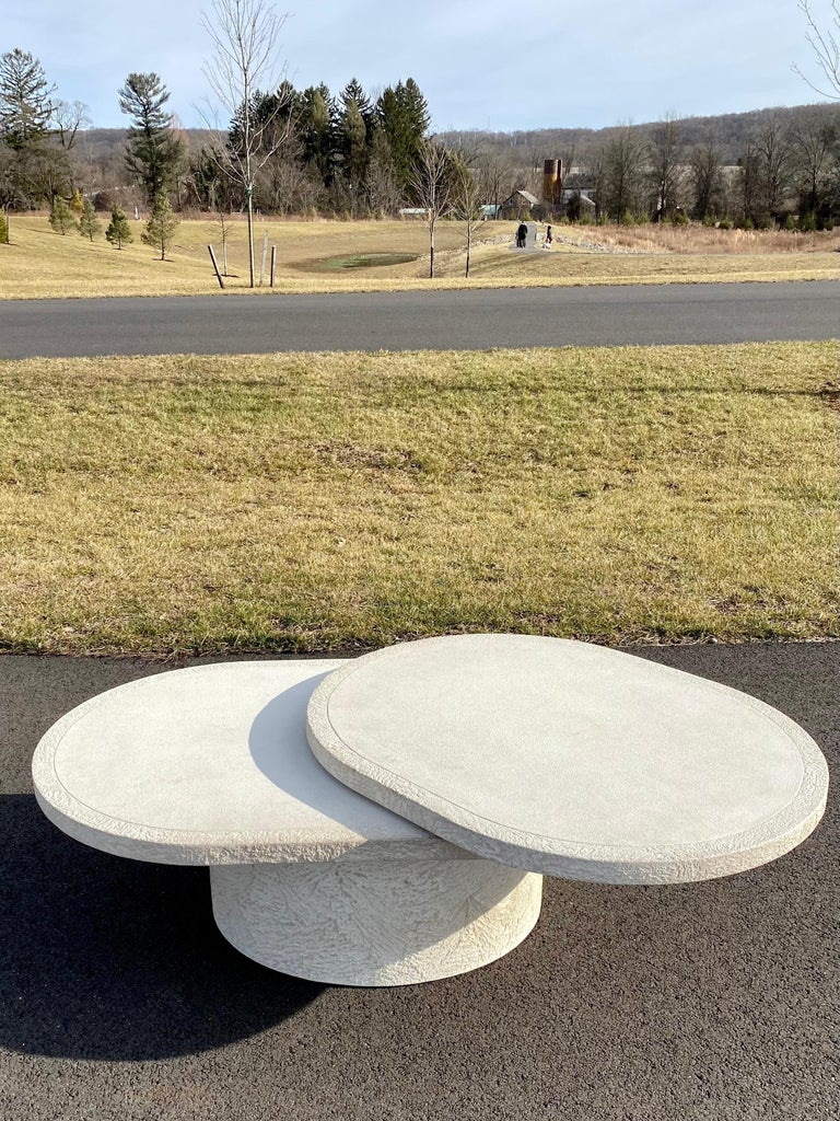 Sculptural Plaster Swiveling Oval Two-Tier Coffee Table, Mid-Century Modern 1970 For Sale 1