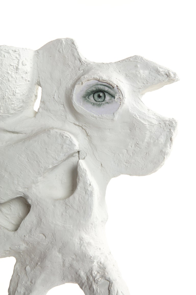 White Plaster Sculptural Table Lamp, 21st Century by Mattia Biagi For Sale 9