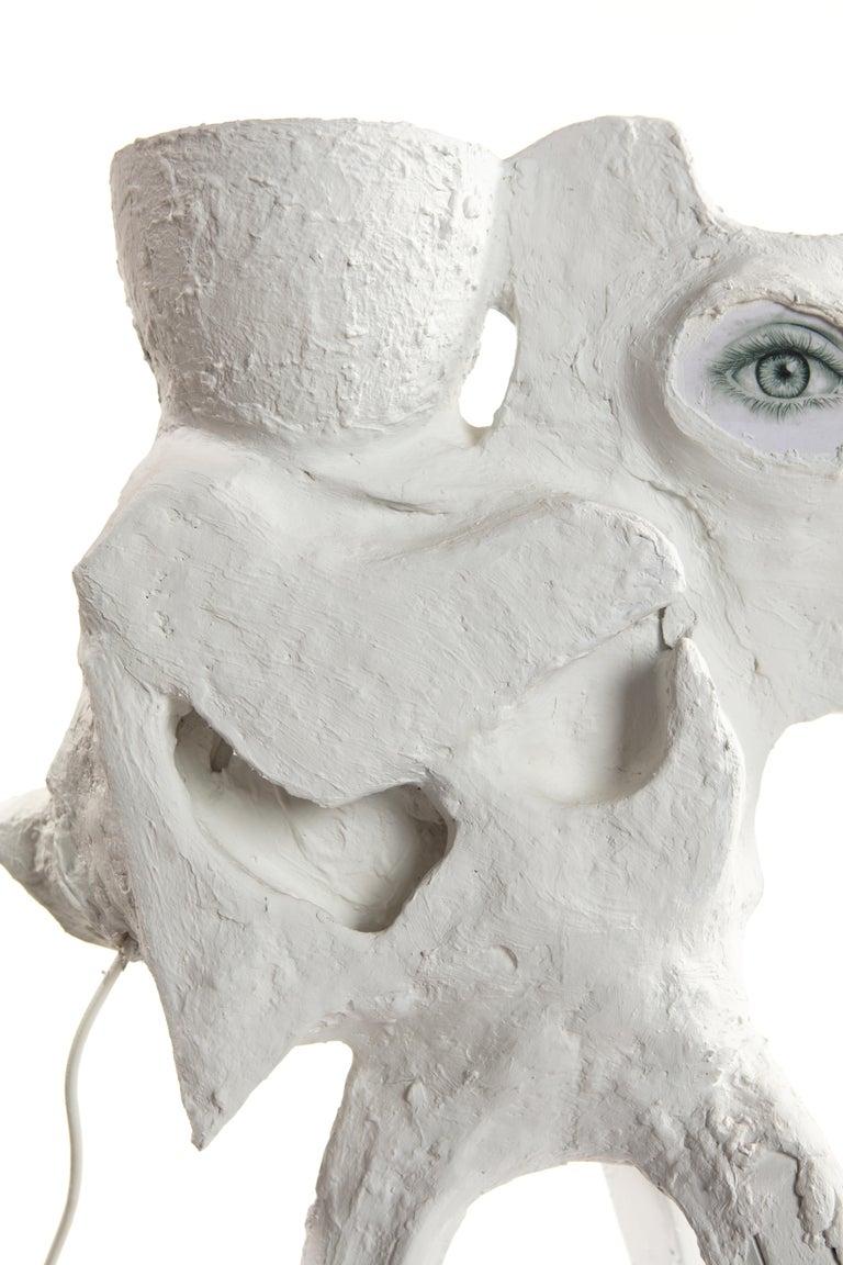 White Plaster Sculptural Table Lamp, 21st Century by Mattia Biagi For Sale 10