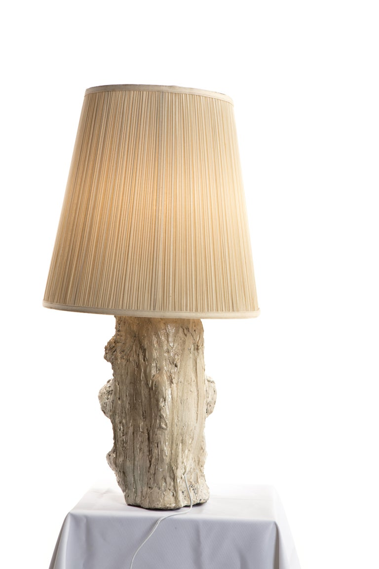 Hand-Crafted White Sculptural Plaster Table Lamp, 21st Century by Mattia Biagi For Sale
