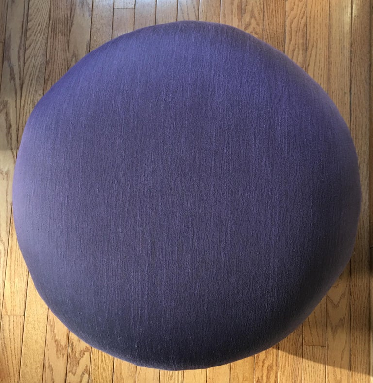 Sculptural Purple Ruched Lounge Chair and Souffle Pouf Ottoman Set, 1980s For Sale 4