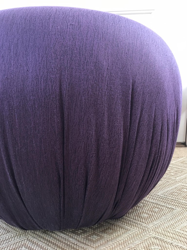 Sculptural Purple Ruched Lounge Chair and Souffle Pouf Ottoman Set, 1980s For Sale 3