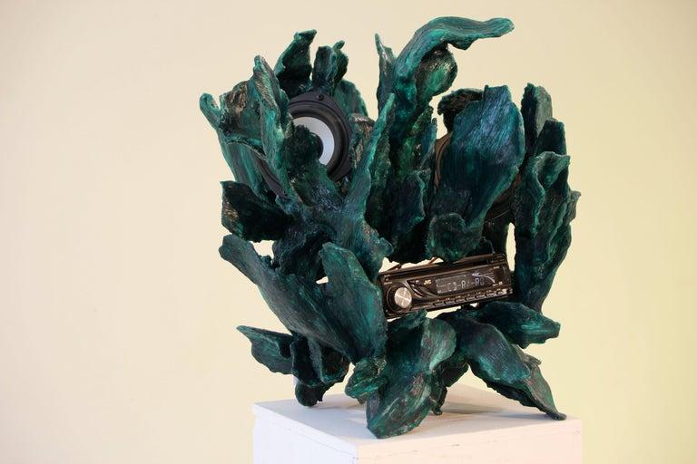 Sculptural Radio, CD-Player, Contemporary Design Made of Fiberglass, Unique, New For Sale 4