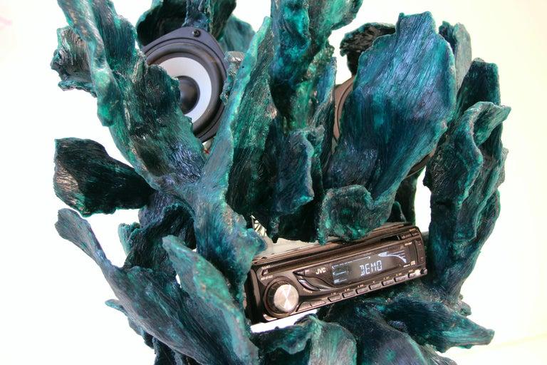Sculptural Radio, CD-Player, Contemporary Design Made of Fiberglass, Unique, New For Sale 5