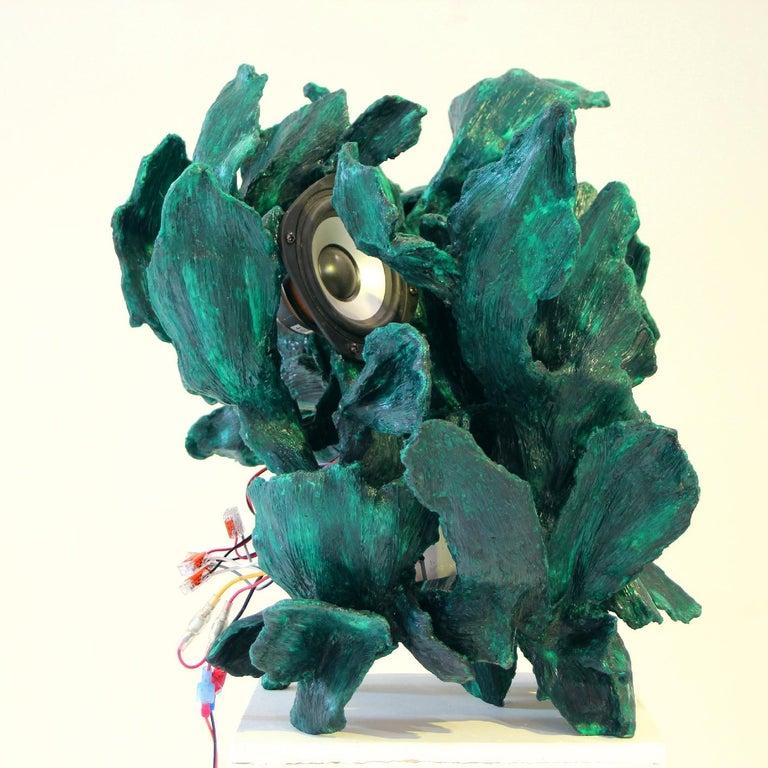 Sculptural Radio, CD-Player, Contemporary Design Made of Fiberglass, Unique, New For Sale 6