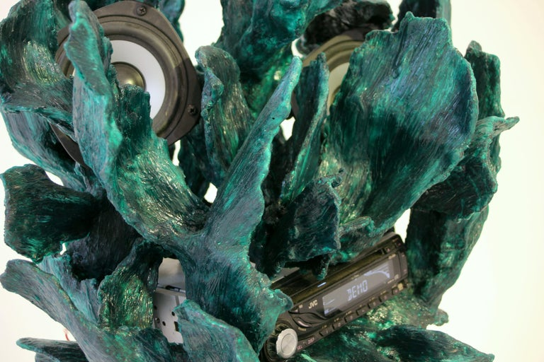 Sculptural Radio, CD-Player, Contemporary Design Made of Fiberglass, Unique, New In New Condition For Sale In Auttoinen, FI
