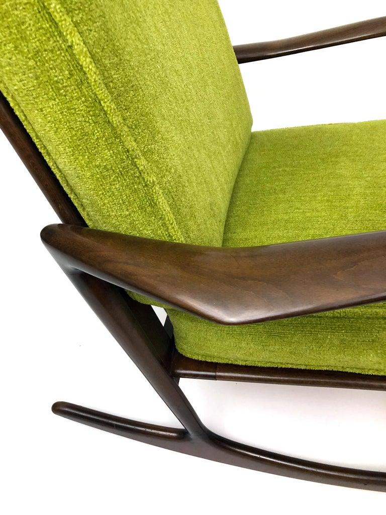 Sculptural Walnut Rocking Chair by Ib Kofod-Larsen For Sale 1