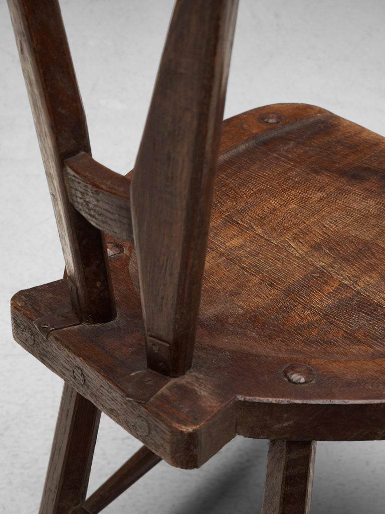 Sculptural Set of Six French Chairs in Solid Oak In Good Condition For Sale In Waalwijk, NL