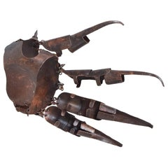 Sculptural Steampunk Art Warrior Spike Glove in Brass Patinated Copper, 1980s