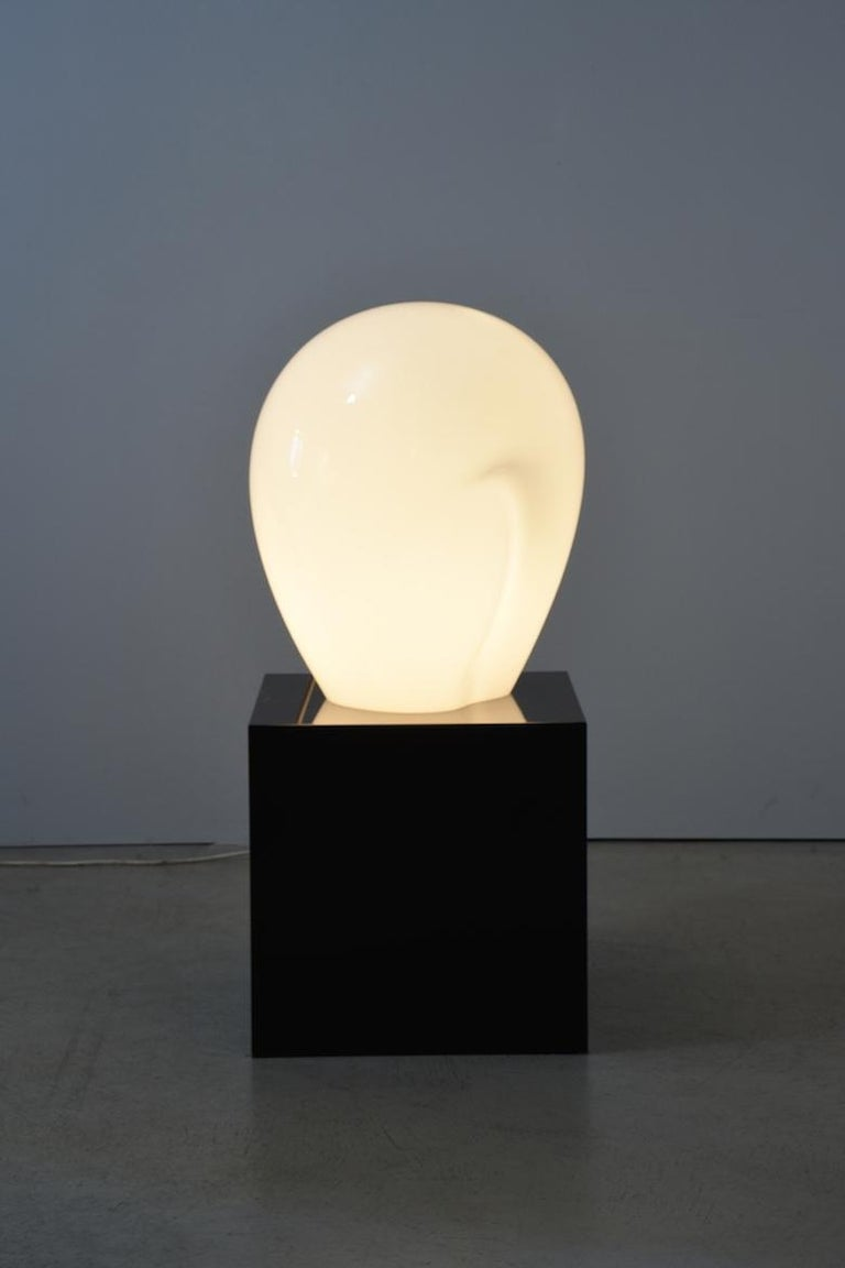 Modern Sculptural Table Lamp by Vistosi Murano, 1989, hand-blown For Sale