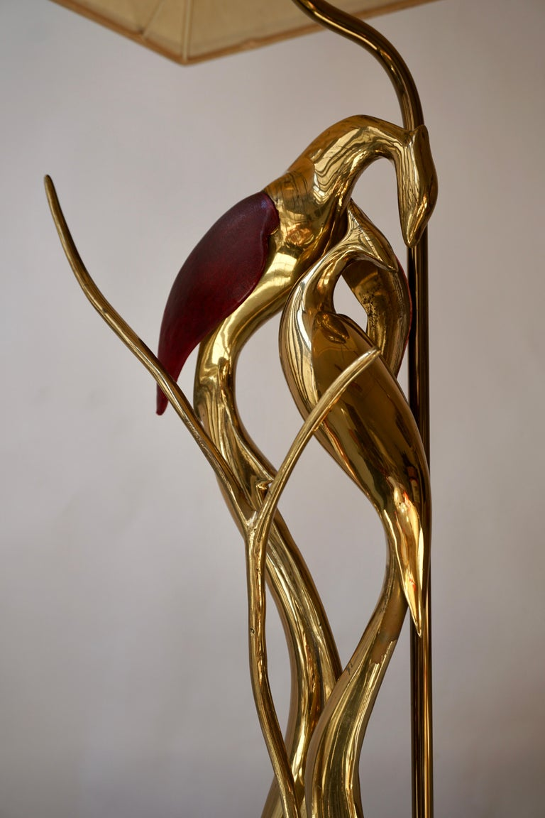 Sculptural Table Lamp with Birds in Brass and Leather, 1970s For Sale 7