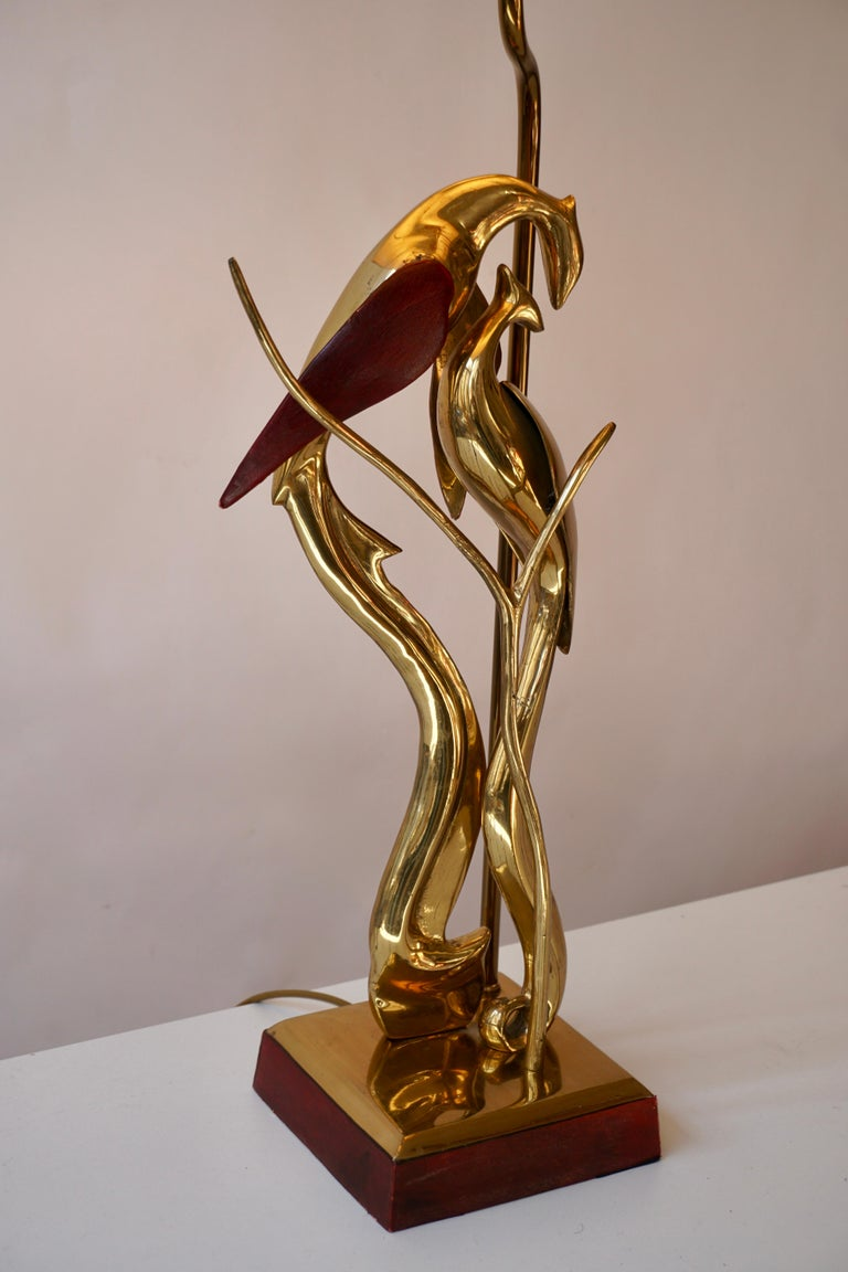 Sculptural Table Lamp with Birds in Brass and Leather, 1970s For Sale 9