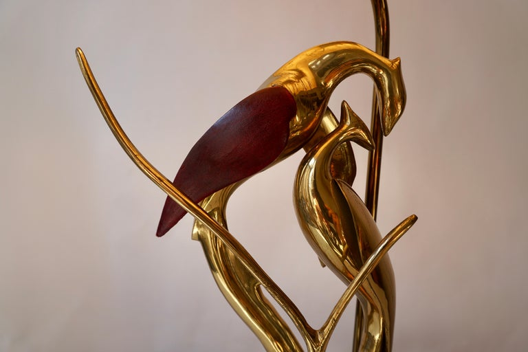 Sculptural Table Lamp with Birds in Brass and Leather, 1970s For Sale 11