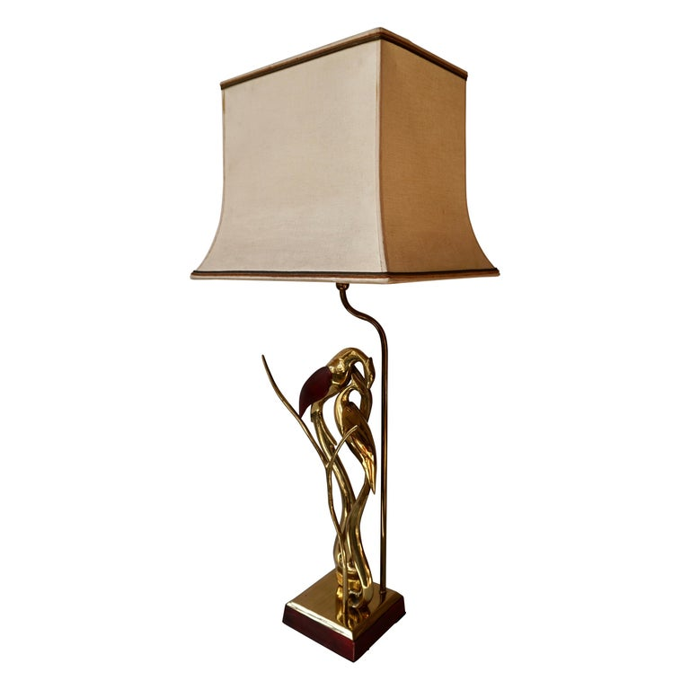 Sculptural Table Lamp with Birds in Brass and Leather, 1970s For Sale