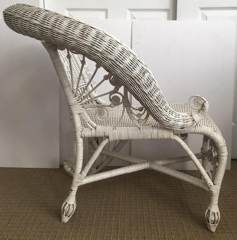 Sculptural Victorian Style Wicker Portrait Chair, Asymmetrical Rolled Right Arm In Good Condition For Sale In Lambertville, NJ