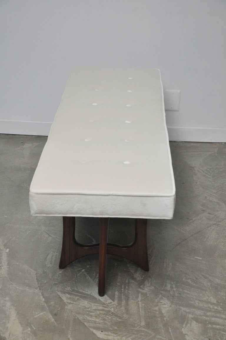 Sculptural Walnut Bench with Cream Upholstery, Adrian Pearsall For Sale 4