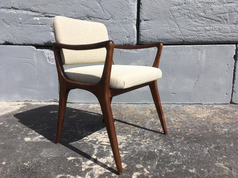 American Sculptural Walnut Dining Chairs in the Style of Gio Ponti For Sale