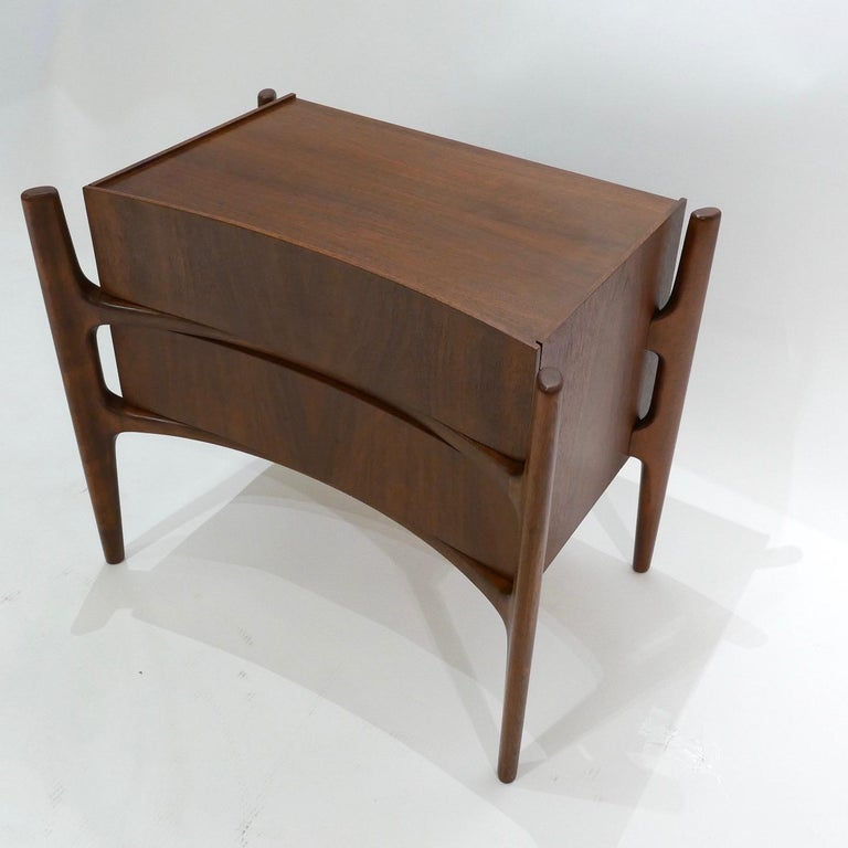 Carved  Sculptural William Hinn, Urban Furniture Scandinavian Nightstand or End Table For Sale