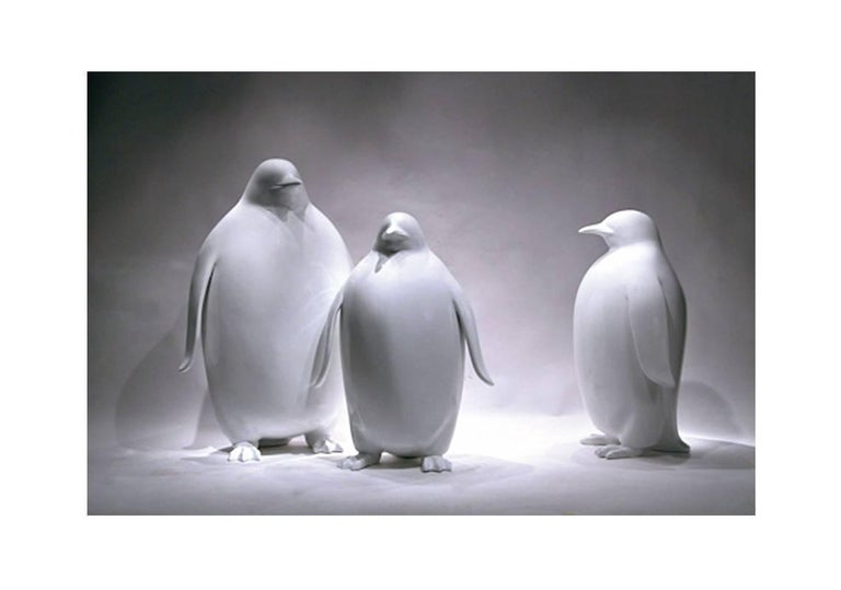 Sculpture Emperor Penguin in Lacquered Resin For Sale 6