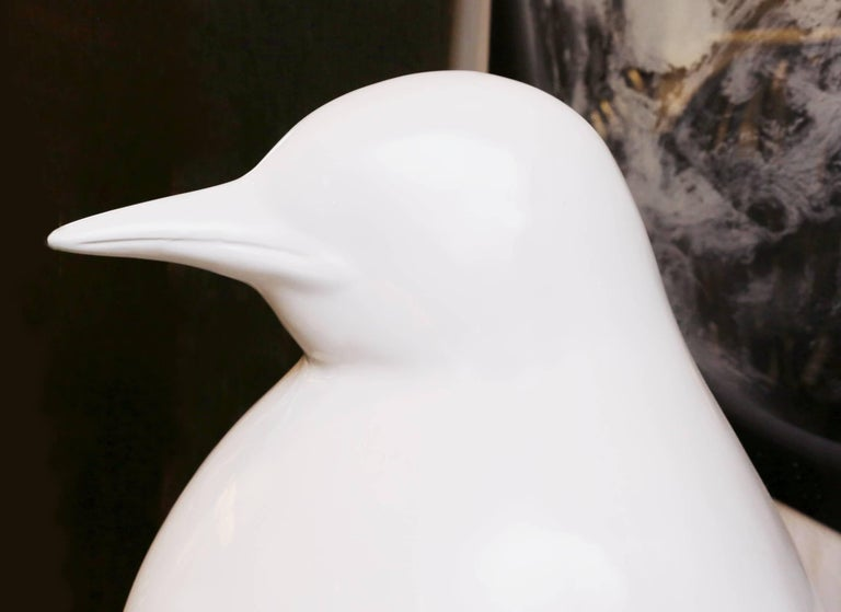 Sculpture Emperor Penguin in Lacquered Resin For Sale 2
