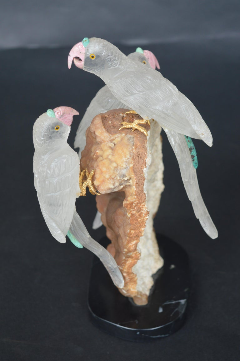 Sculpture of 3 Rock Crystal Parakeets In Good Condition For Sale In Los Angeles, CA
